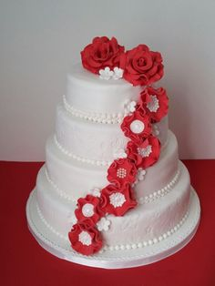 Bruidstaart rood wit.De taartentsjoender.
