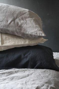 Linen black and cream. Colour scheme / textile for bedroom.