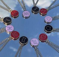 Etsy Jewelry, Resin Jewelry, Crystal Jewelry, Crystal Necklace, Boho Jewelry, Custom Jewelry, Jewelry Crafts, Beaded Jewelry, Handmade Jewelry