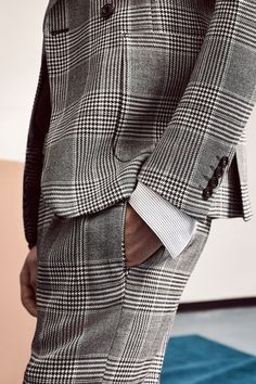 Editorial: «The Fall Report» Zara F/W 2016. Check double-breasted suit blazer, Check trousers, Turtleneck sweater, Striped shirt.