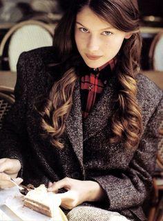 Laetitia Casta (90s) Laetitia Casta, French Models, Winter Mode, Laura Lee, Style Guides, Beauty Women, Mantel, Supermodels, Fashion Models