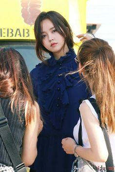 KimSoHyun Singles Magazine 2017 September Issue Child Actresses, Female Actresses, Korean Actresses, Korean Actors, Ulzzang Korean Girl, Cute Korean Girl, Asian Girl, Ulzzang Couple, Korean Beauty
