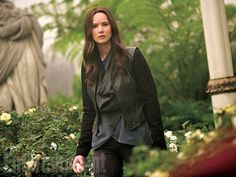 """Jennifer Lawrence movies box office report: #MockingjayPart2  DOM:$280,97M OS $371,23M Worldwide:$652,21M"""