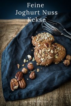 Feine Joghurt Nuss Kekse vegan und lecker.  #vegan #backen #weihnachten #kekse #veganbacken