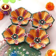 Set of 4 Gorgeous Clay Diyas Diwali Sale, Diwali Diya, Diwali Craft, Diwali Gifts, Diya Decoration Ideas, Diwali Decorations At Home, Diya Designs, Rangoli Designs Diwali, Kalamkari Painting