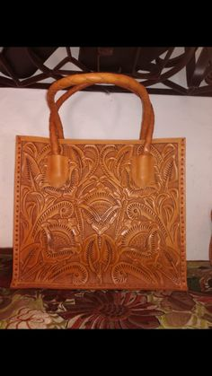 Www.mexichiccrafts.com Tooled Leather Purse, Leather Tooling, Leather Purses, Wearable Art, Handbags, Crafts, Inspiration, Women, Biblical Inspiration