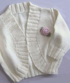 Sweet little cardigan to shrug on sweet little shoulders. Shrug Knitting Pattern, Kids Knitting Patterns, Knit Shrug, Christmas Knitting Patterns, Kids Patterns, Cardigan Pattern, Knitting For Kids, Easy Knitting, Knitting Projects