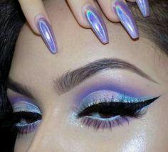 Follow me on ℙⒾℕ₮ ℇℛℰⓈŦ | @ajh71815 ♪♫♩♬ #makeuplooks2017