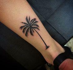 Palm tree tattoo men tatoo 23 Ideas for 2019 Line Art Tattoos, Mini Tattoos, Rose Tattoos, Leg Tattoos, Small Tattoos, Tattoos For Guys, Tattoos For Women, Sleeve Tattoos, Tatoos