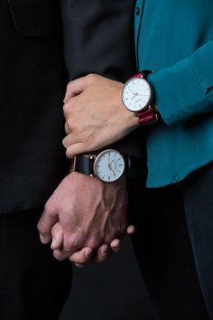 So many different ways to wear the Parsonii watch! Mix and match to your mood and outfit. Face and band colo… Classy Couple, Cute Love Couple, Cute Couple Pictures, Couple Photoshoot Poses, Couple Posing, Muslim Couples, Muslim Women, Hommes Grunge, Gents Kurta