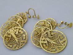 Great value and current style for these vintage 20KT Yellow Gold Filigree Earrings 13.3 Grams