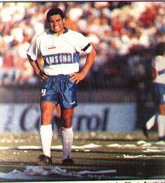 Alberto Acosta (1995) Hipster, Football, Style, National Championship, Crusaders, Bicycle Kick, Soccer, Swag, Hipsters
