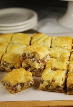 3 ingred Crescent Sausage Bites - Pampered Chef recipe (2 cans crescent rolls  1 lb sausage  1- 8 oz pk cream cheese).