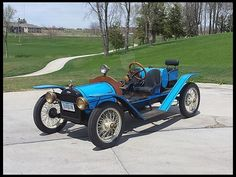 1923 Chevrolet Speedster 171/30 HP, 3-Speed....an early American sports car...the forerunner of the Corvette possibly?