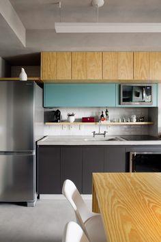 Encaixe perfeito: apê de 42 m² ganha sala espaçosa e muitos armários