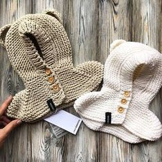 WEBSTA @ vika_bibikova - Мимимишки желают всем приятных снов #вязание #вяжутнетолькобабушки #вяжуназаказ #вяжу #вязаниедетям #вязаниемосква #knitting #i_loveknitting