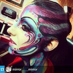 Déjate seducir por el maquillaje. ¡Nosotros te ayudamos a formarte! Información cursos: 93 323 51 48 / infocursos@cazcarra.com Repost @mirror____mirror #cazcarra #formación #maquillaje