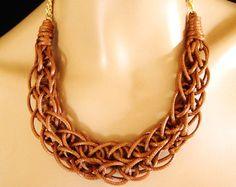 Punto de la cuerda Collar tejido declaración collar en por vess65