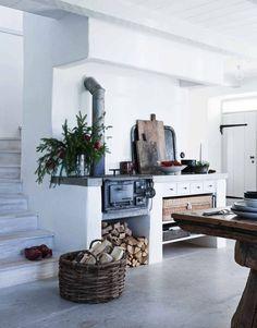 Cottage Kitchens, Home Kitchens, Big Kitchen, Kitchen Dining, Farmhouse Architecture, Scandinavian Kitchen, Tea Art, Stone Houses, Slow Living