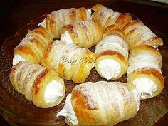 saum rolne My Recipes, Sweet Recipes, Baking Recipes, Cookie Recipes, Dessert Recipes, Recipies, Puff Pastry Desserts, Bread Dough Recipe, Kolaci I Torte