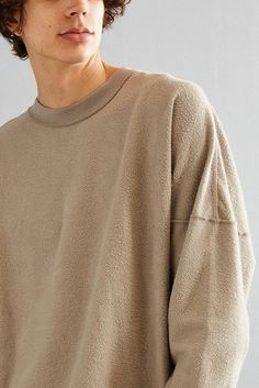 Slide View: 1: UO Frank Fleece Crew Neck Sweatshirt