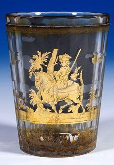 """Signiert """"J.M.POHL HAIDA"""" - Farebloses, vielfach facettiertes Glas. Zwischen den Schichten in gold- bronzefarbener, radierter Folie ausgeführter Dekor... Bohemia Glass, Bronze, Fine Art Auctions, Shot Glass, Glass Art, Candles, Vintage, Antiques, Tableware"""