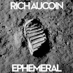 Le boson de Rich Aucoin est une particule élémentaire de la musicologie qui permet d\'expliquer pourquoi certains concerts sont incroyables de sensations