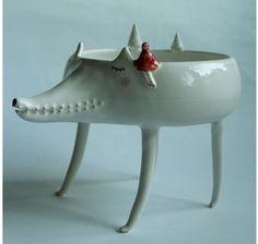<3 Marta Turowska's handmade ceramics. (Ésta en particular me encanta!)