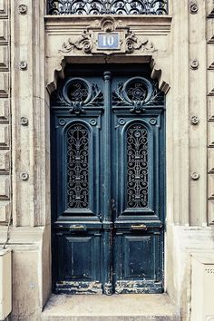 Vintage Paris Door Photograph Wall Art #photography #paris #parisphoto #travel #doors #parisdoors