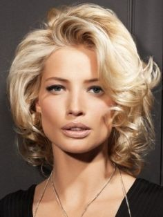 Beautiful Medium Haircut Trend. Hair that's flat is no longer an alternative. Its time to inject movement and volume into your new hairstyle with a few simple ideas.