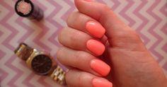Love Chevron: Manicure hybrydowy Semilac Juicy Peach 101