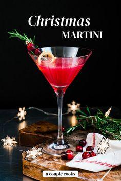 Christmas Martini, Christmas Cocktails, Holiday Drinks, Winter Cocktails, Christmas Recipes, Christmas Eve, Holiday Recipes, Christmas Gifts, Xmas