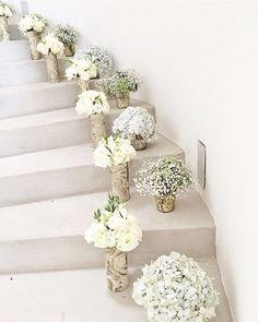 Stairway to heaven #decoration #interior #flowers #home #celebrate #wedding #bride #bridesmaid credit: @khlorisny