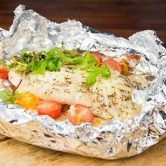 Recept Italiaans vispakketje uit de oven Fish Recipes, Seafood Recipes, Vegetarian Recipes, Healthy Recipes, A Food, Good Food, Sweet Potato Noodles, Healthy Comfort Food, Greens Recipe