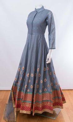 Bridal wear indian design 42 New ideas Indian Fashion Dresses, Indian Gowns Dresses, Dress Indian Style, Indian Designer Outfits, Indian Outfits, Maxi Dresses, Party Dresses, Evening Dresses, Designer Anarkali Dresses