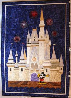 When You Wish Upon A Star quilt. Disney - I would cry. This is amazing! Disney Diy, Disney Crafts, Disney Land, Disney Stuff, Disney Mickey, Quilting Projects, Quilting Designs, Sewing Projects, Craft Projects