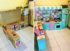 Uma mãe fez a cozinha dos sonhos da filha com caixas de papelão