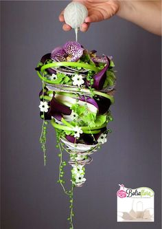 A stylish and refreshing alternative to the original bridal bouquet Created with Bolsa Flora II www.bolsaflora.com
