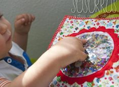 Quiet book with glitter Baby Quiet Book, Quiet Books, Sensory Book, Reggio Emilia, Crochet Videos, Book Activities, Baby Pictures, Diy And Crafts, Projects To Try