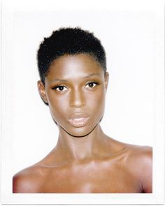 6 Beautiful Makeup Looks Perfect For The Brown-Eyed Girl Grace Jones, Mascara Tips, How To Apply Mascara, Applying Mascara, Brown Skin, Dark Skin, African American Models, Black Girl Short Hairstyles, Makeup For Brown Eyes