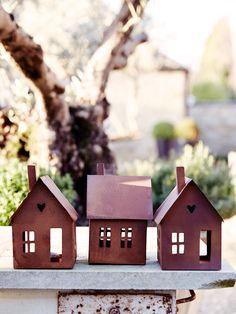 Rusty House Tea Light Lantern