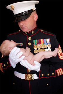 Top 10 Perks of Being a Marine Corps Spouse! For all my Marine Corps wives/ lovely Limas. This article was amazing :) Marines Girlfriend, Military Spouse, Military Families, Marine Love, I Love My Hubby, Us Marine Corps, Usmc, Semper Fi, Semper Gumby