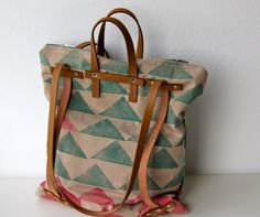 "three in one: Rucksacktasche""geometric prints"" Diy Backpack, Diy Accessoires, Backpack Pattern, Work Bags, Fabric Bags, Fashion Bags, Bag Accessories, Purses And Bags, Shoulder Bag"