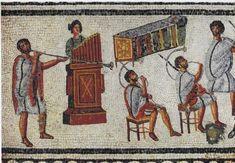 Rara rappresentazione di musici che suonano: la tuba, l'organo (hydraulis) e i corni (cornua) - mosaico pavimentale di una villa romana (I-II sec. d.C.) scavata nel 1913 a Zliten (Leptis Magna) e ora al Museo di Tripoli (Libia)