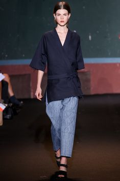 Ter et Bantine Spring 2014 Ready-to-Wear Collection Photos - Vogue