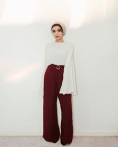 The lovely wearing our Fluted Top in Ambrosia & Signet Belt Trousers in Cherry Available Online & In-stores Modern Hijab Fashion, Hijab Fashion Inspiration, Muslim Fashion, Modest Fashion, Arab Fashion, Hijab Style, Turban Style, Hijab Chic, Modest Wear