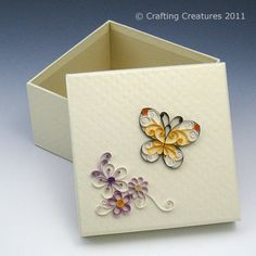 quilling it | Found this keepsake box at Daiso for $2. It's covered with a diamond ...
