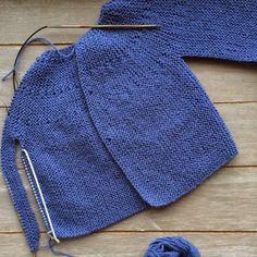 Malha a Malha   Handmade Life: esquema casaco bebé #1   baby vest pattern #1