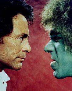 Bill Bixby y Lou Ferrigno en una foto promocional de la serie de TV El Increíble Hulk (The Incredible Hulk)