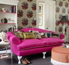 El estilo Kitsch se caracteriza por destacar en el predominio del color y las formas, así como en los elementos llamativos. ¡Entra ya!